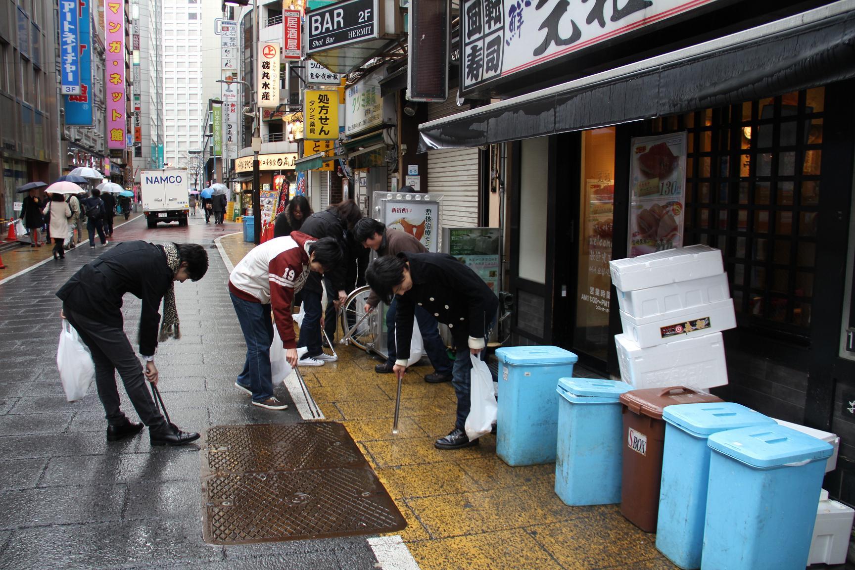 13_新宿清掃活動 d
